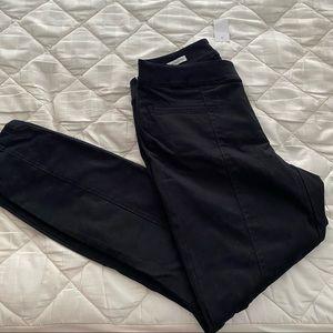 "NWT LOFT Skinny Ankle ""Curvy"" Black Pants"